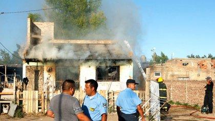 La casa incendiada de la vecina