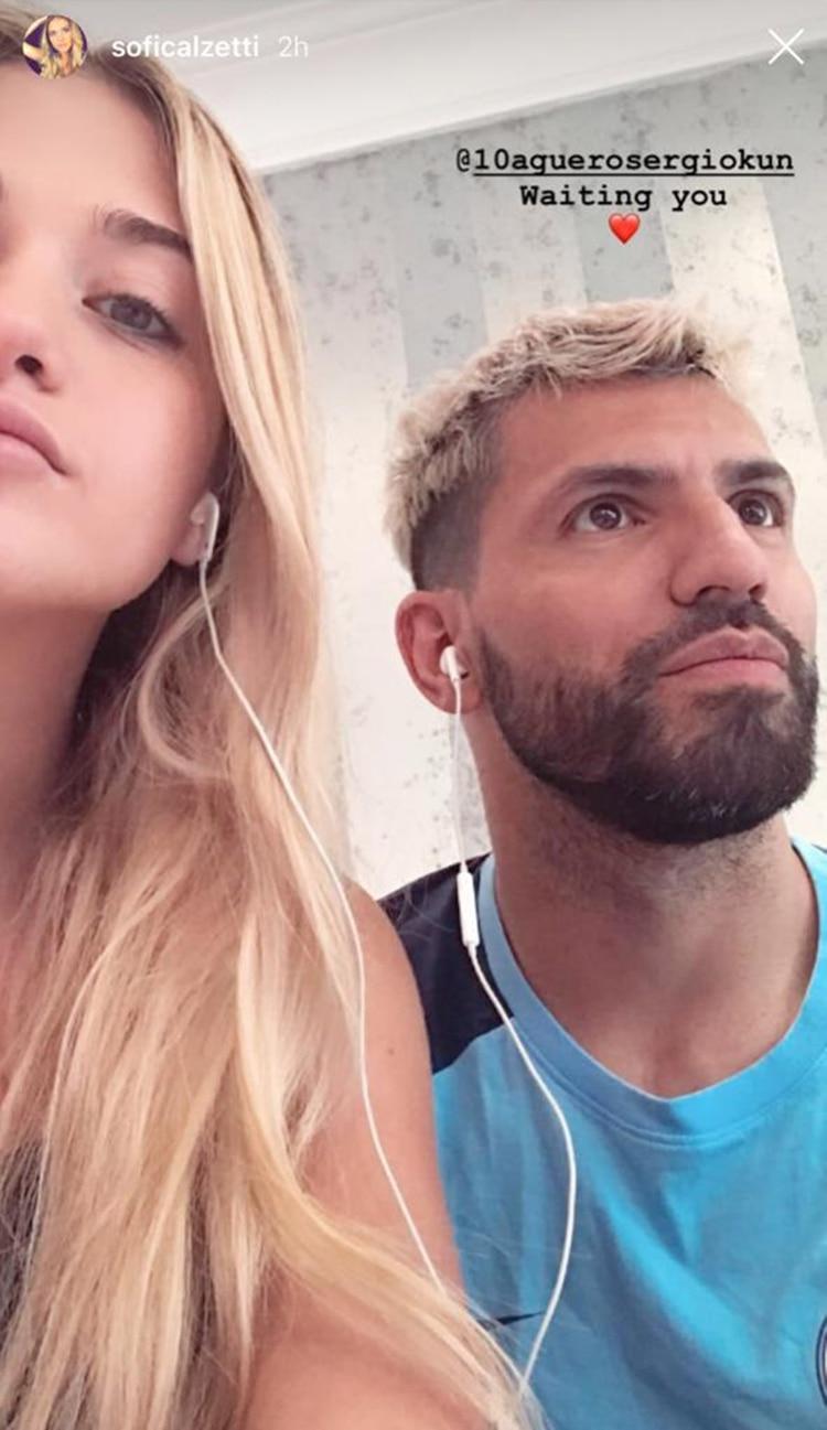 """Tras fuertes rumores de un amor entre Sergio """"el Kun"""" Aguero y Tini Stoessel, Sofia Calzetti publicó una foto con el jugador del Manchester City para confirmar su noviazgo con el futbolista (Foto: Instagram)"""