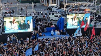"""Una de las tantas presentaciones de """"Sinceramente"""", el libro de Cristina Kirchner (Lihueel Althabe)"""