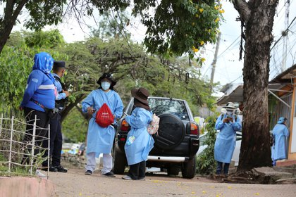 Calls were made to stop attacks on medical personnel (Picture: EFE / Gustavo Amador)