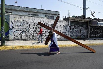 Pasión de Cristo en Iztapalapa podría realizarse sin asistentes por COVID-19: alcaldesa (Foto: Alfredo Estrella / AFP)