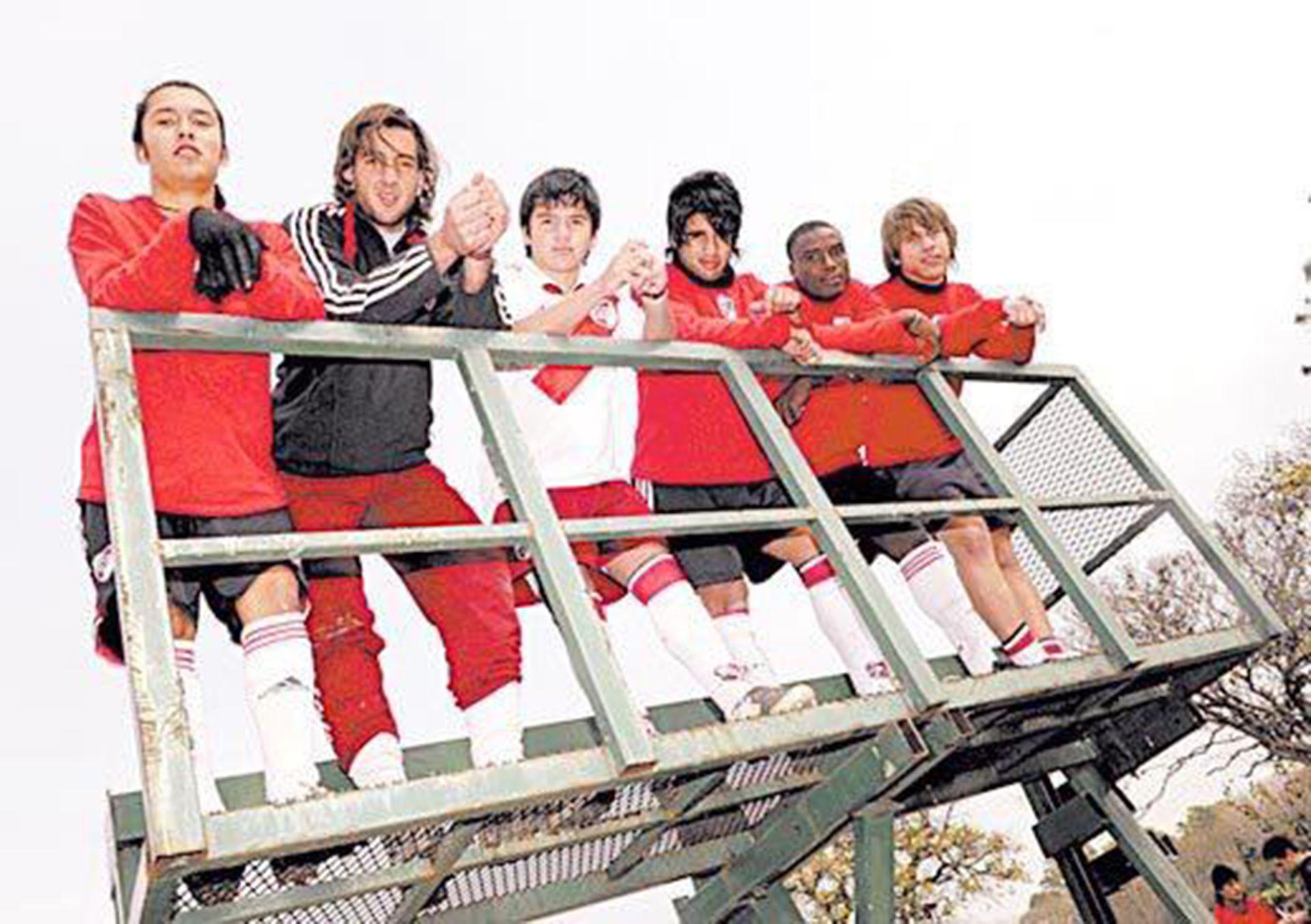 Judelin Aveska integró la cuarta y la reserva de River Plate (judelin.aveska2)