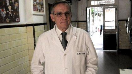 Eduardo López, presidente de la Sociedad Argentina de Infectología Pediátrica (Télam)