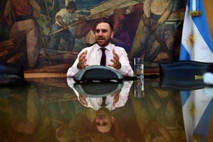 """El acuerdo con bonistas que anunció el ministro Martín Guzmán determino que el """"deal"""" liberará fuertemente la carga de la deuda hasta el 2024 (cerca de USD 38.000 millones) (Maximiliano Luna)"""