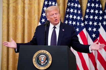 El presidente de Estados Unidos, Donald Trump, propuso una reforma luego de que dos de sus publicaciones fueran marcadas por Twitter. (EFE/Michael Reynolds)