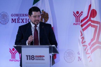 Carlos Martínez, director general del Infonavit, anunció nuevas medidas para proteger la economía familia. (Foto: Galo Cañas/Cuartoscuro)