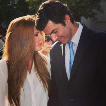Con menos de un año de noviazgo, Isabel Macedo y Juan Manuel Urtubey se casan