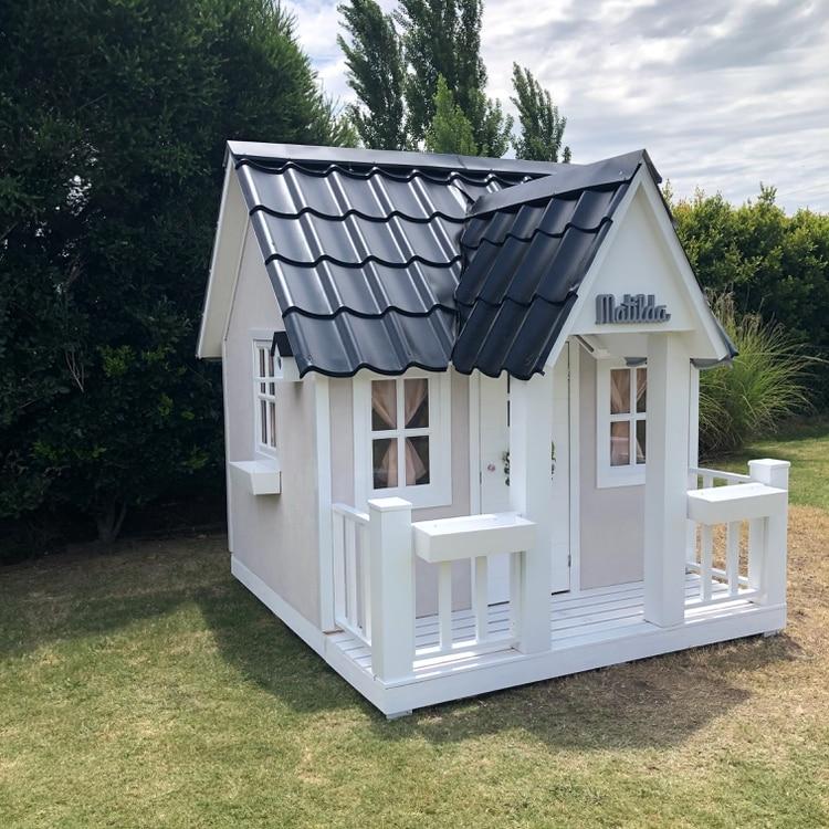 La casa fue realizada a pedido por la empresa La Petite Maison (@la_petite_maison_arg)