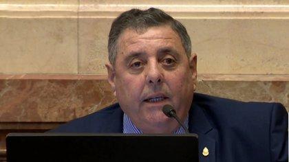 El senador Alfredo De Angeli