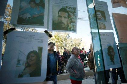 Para el siguiente día, gobierno habilitó un sistema con el fin de informar sobre víctimas y recibir reportes de personas desaparecidas. (Foto: Mohammed Salem/Reuters)