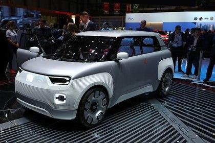 El Fiat Centoventiesun concept-car eléctrico que, a 120 años de la fundación de la automotriz italiana, adelanta lo que podría ser sunueva generación de automóviles