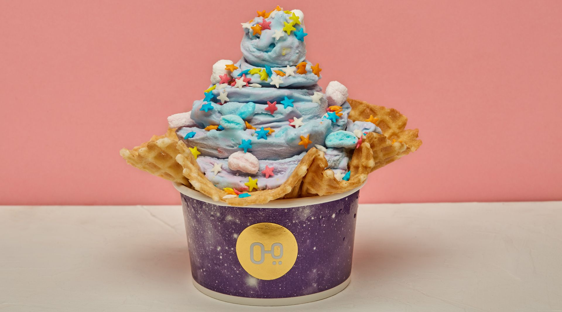 Candy Smash, el helado divertido con granas, marshmallows de color y cotton candy (Goodestern)
