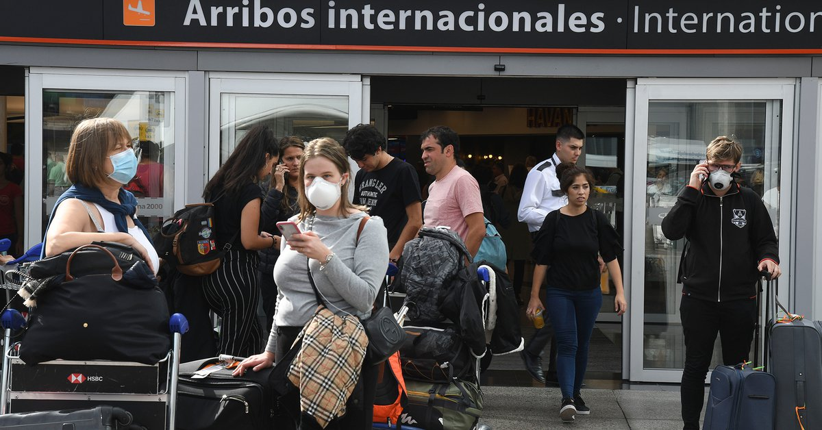 Amnesty International: Argentina violates human rights by leaving citizens stranded abroad