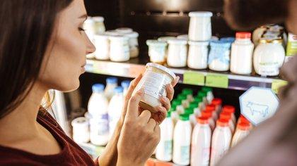 """Según el ministro de Producción, """"la canasta busca reflejar un promedio de lo que es el consumo de los hogares argentinos""""  (Shutterstock)"""