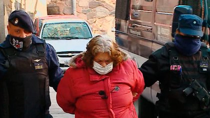 Norma Ortubia, de 68 años, fue detenida este martes e imputada por ser partícipe necesaria en los abusos de su esposo a su hija