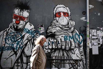Un grafitti en una calle de Marsella, en Fracia.