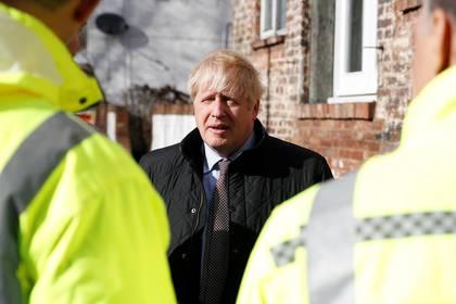 El gobierno de Boris Johnson ya trababa con estimados altos de contagiados por coronavirus (Foto: Peter Nicholls/ Reuters)