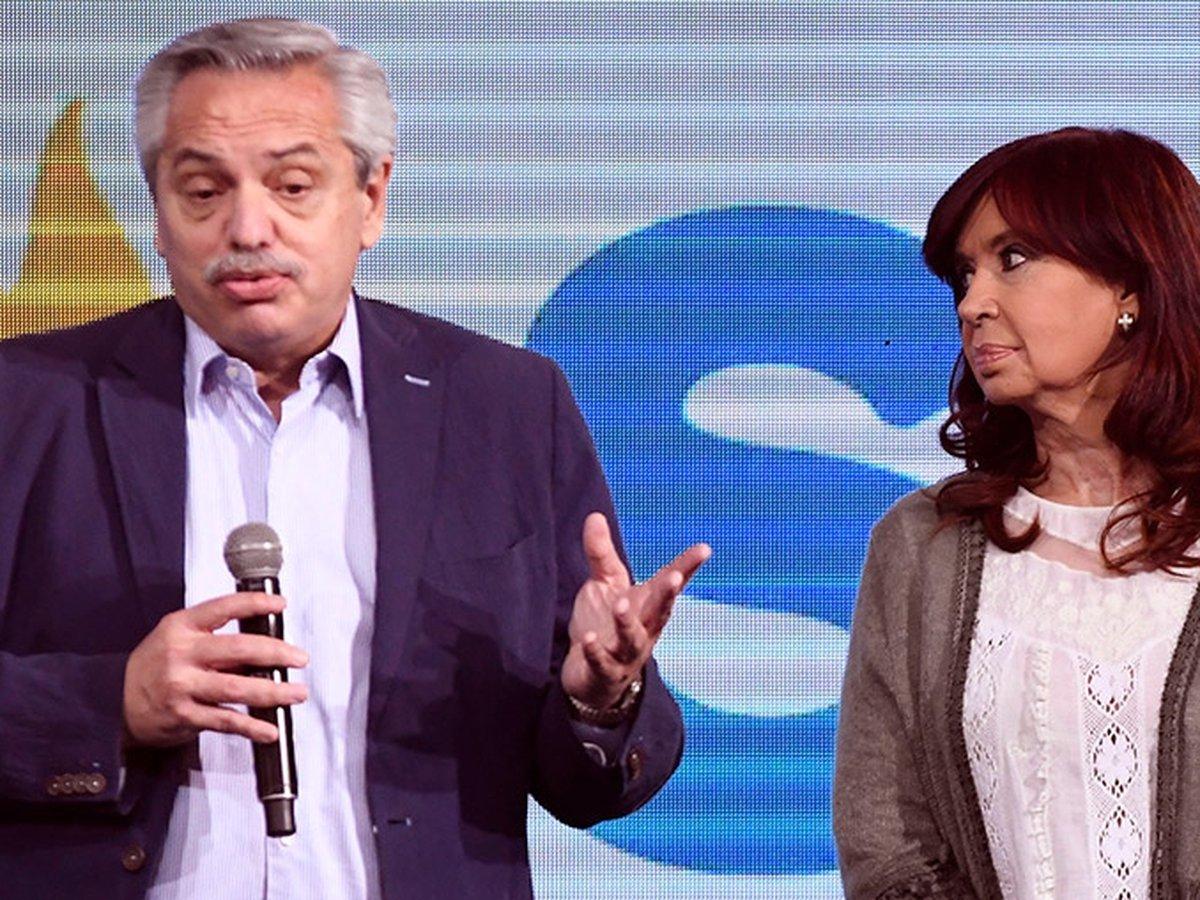 En una dura carta, Cristina Kirchner responsabilizó a Alberto Fernández por  la derrota electoral y pidió cambios en el Gabinete - Infobae