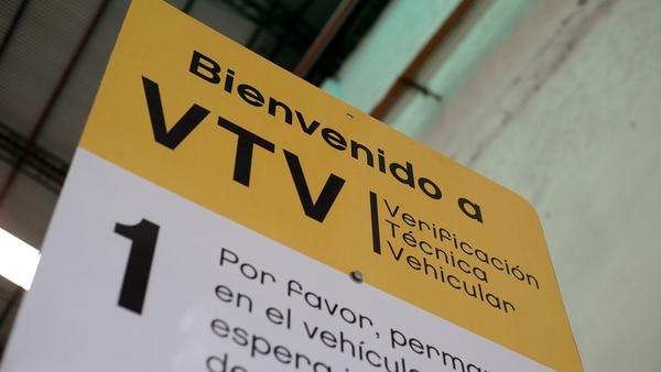 De octubre de 2016 a noviembre de 2017 se inspeccionaron 534.648 automóviles en la Ciudad de Buenos Aires: el 70% del parque automotor obligado a realizar la VTV(Adrián Escandar)