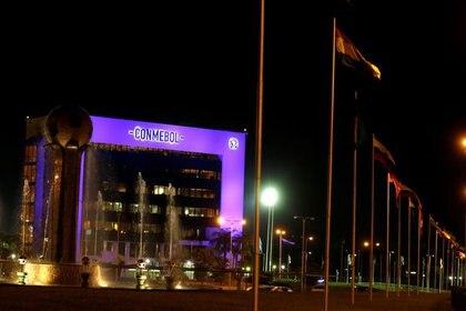 La Conmebol ayudará económicamente a los clubes (Reuters)