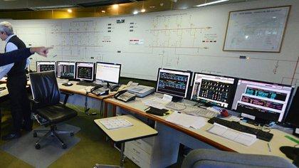 Parte de los equipos de control de Salto Grande (NA)