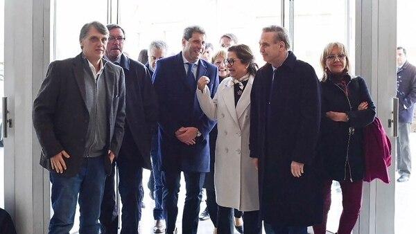 El gobernador sanjuanino junto a los legisladores peronistas