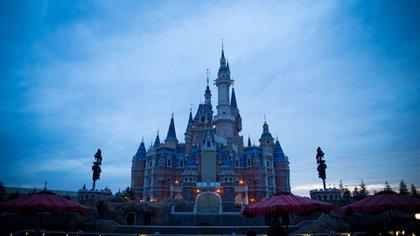 El Castillo Encantado, en Shanghái Disneyland (Shutterstock)