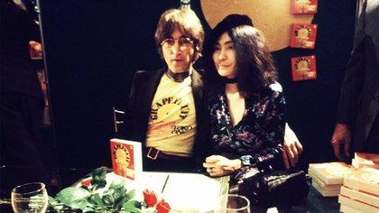 John y Yoko, una de las parejas más asediadas de todos los tiempos.