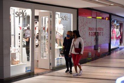 Las ventas minoristas acumulan una caída de 24,3% en el año