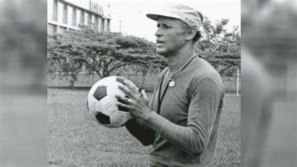 Gabriel Ochoa Uribe -entrenamiento con el equipo Millonarios- 1976