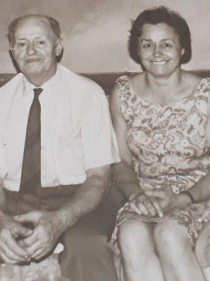 Ada en los años 40 junto a su padre