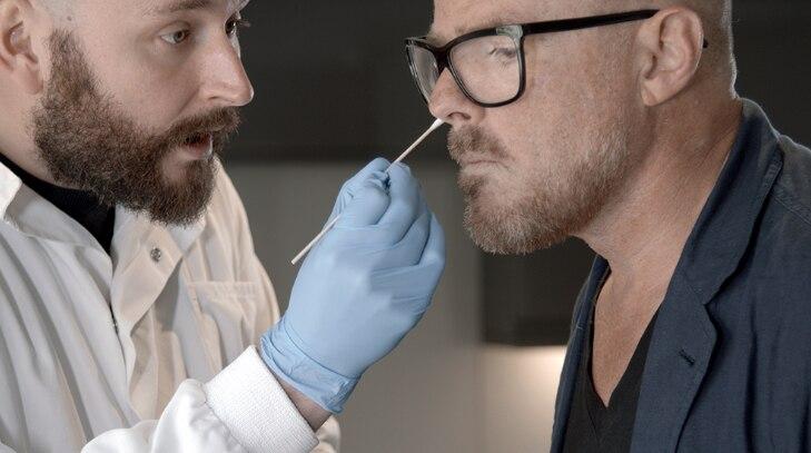 Las bacterias suelen recolectarse de las partes humanas más reconditas…