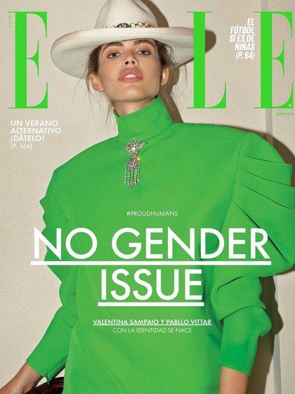 Valentina Sampaio en la portada de ELLE México