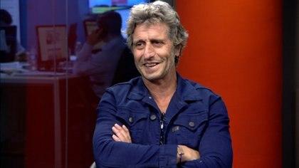 Su primera película fue 'El sueño de los héroes', dirigida por Sergio Renán, sobre una novela de Bioy Casares.