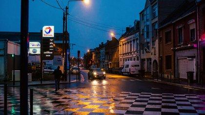 Algunas de las luces más antiguas de la ciudad que están siendo cambiadas por bombillas LED amigables con el medio ambiente (Dmitry Kostyukov para The New York Times)