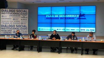 Los sindicalistas Gerardo Martínez, Pablo Moyano y Sergio Sasia se unieron a Juan Grabois y otros dirigentes sociales para lanzar el Plan de Desarrollo Humano Integral