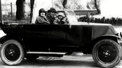 F. Scott Fitzgerald, Zelda y Scottie en Italia (Foto: Everett/Shutterstock)