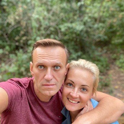 """Desde el intento para asesinarlo con el agente nervioso Novichok, los """"Navalnys"""" han ejercido una unión, no sólo como pareja, sino como opositores a Vladimir Putin. EFE"""