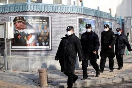 El virus se sigue propagando en China, donde ya hay miles de contagiados  (Reuters)