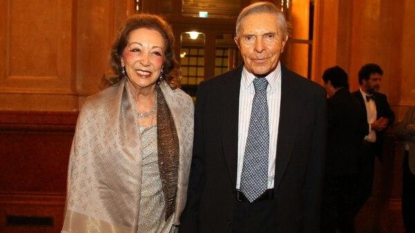 Alberto Roemmers y su esposa Hebe Colman
