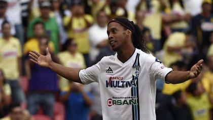 Ronaldinho había sido condenado por la Justicia brasileña hace años( AFP)