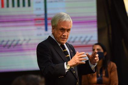 """El presidente chileno Sebastián Piñera ha sugerido que su homólogo estadounidense Donald Trump debería """"perder con la caballería"""" y reconocer la victoria de su rival, Joe Biden, en las elecciones presidenciales del 3 de noviembre (AGENCIAUNO / PABLO OVALLE ISASMENDI)"""