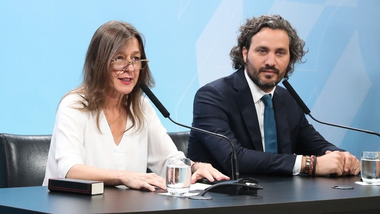 La ministra de Seguridad, Sabina Frederic, junto al jefe de Gabinete, Santiago Cafiero (Presidencia)