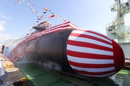 Japón presenta un nuevo submarino