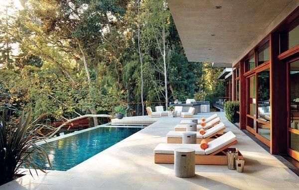 La piscina de la casa de Los Ángeles en donde se tomó la foto.