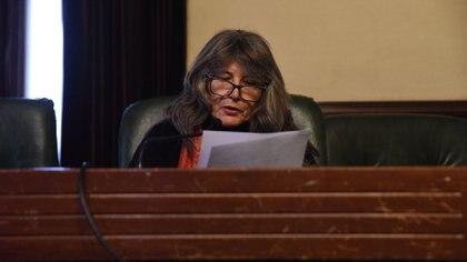 La jueza Ana Dieta de Herrero durante la lectura del veredicto (Franco Fafasuli)