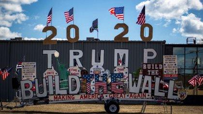 El fanático del presidente de EEUU ya también comenzó su campaña para pedir votos de cara a las próximas elecciones (Foto: Twitter)