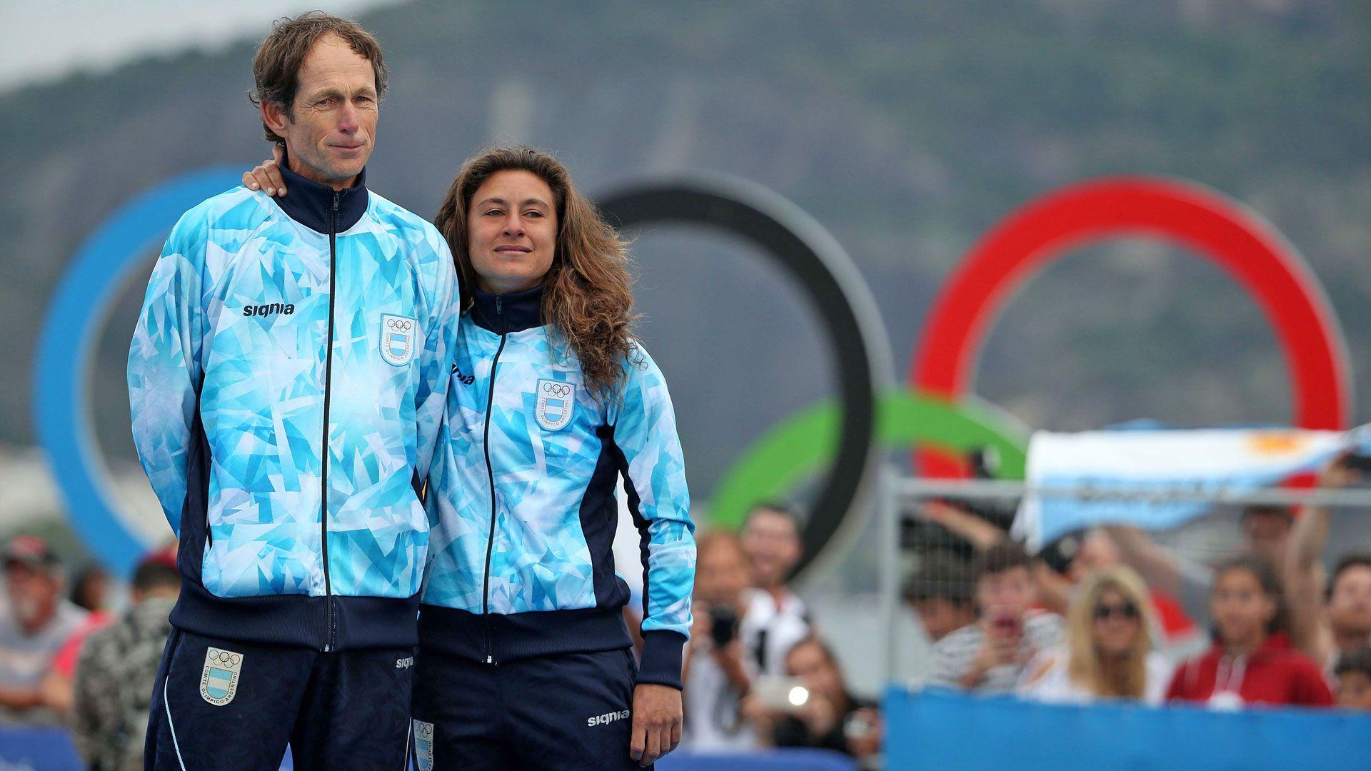 La dupla en lo más alto del podio en Río 2016 (Foto: Télam)