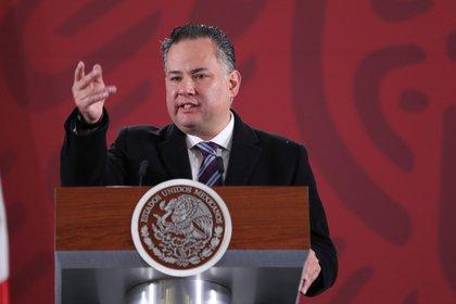 """""""Mientras que el sexenio anterior se caracterizó por la simulación en materia de corrupción, este sexenio se ha caracterizado por un ímpetu en combatir la corrupción en todos los frentes"""", dijo a Reuters el jefe de la UIF, Santiago Nieto. (Foto: EFE)"""