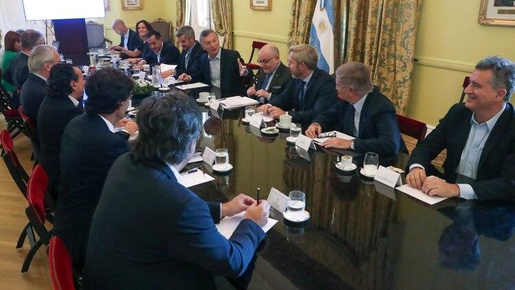 Mauricio Macri analiza dar un discurso por cadena nacional para despedirse de la gestión